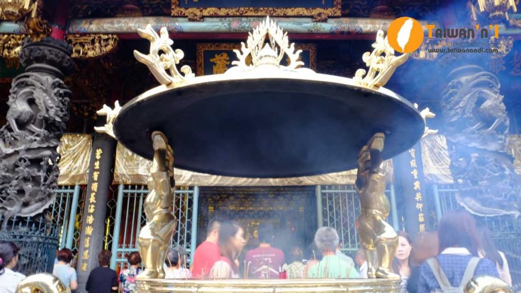 longshan-temple8